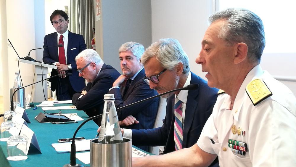 Da sinistra, Duci, Mauro Coletta, Mario Mattioli, Stefano Messina e Giovanni Pettorino