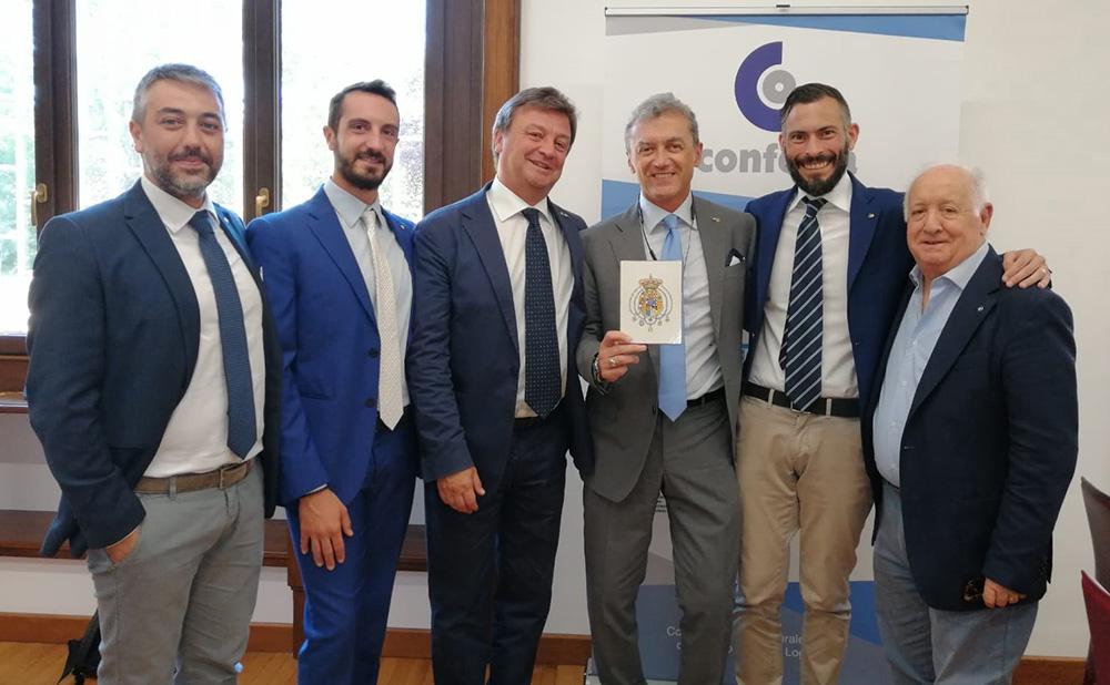 """La """"giunta"""" Accsea, insieme a Ivano Russo (secondo da destra), direttore di Confetra"""
