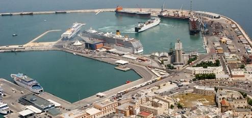 Informazioni Marittime: Bari incrementa merci e passeggeri ...